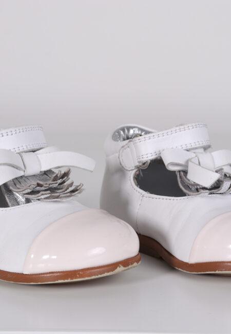 Witte schoentjes, Rondinelle, 20