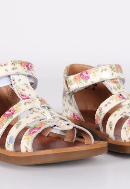 Gebloemde sandaaltjes, Pom D'api, 25