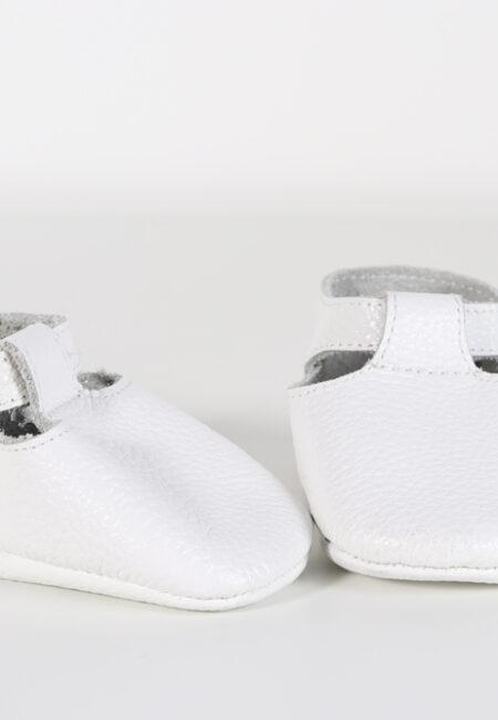 Witte schoentjes, Moccstars, 17