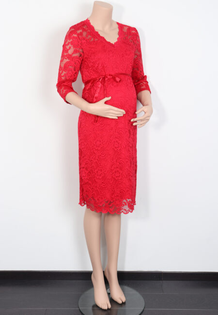 Rood kleedje, Mamalicious, M